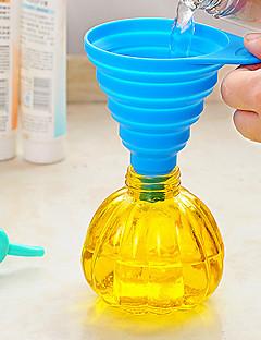 ausgezeichnete praktische Küchenwerkzeug Gel Gadget Silikon faltbare Trichter (zufällige Farbe)