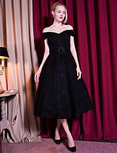 칵테일 파티 드레스-블랙 A-라인 종아리 길이 오프 더 숄더 레이스