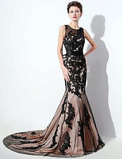 Formal Evening Dress Trumpet / Mermaid Scoop Court Train Lace with Appliques / Bow(s) / Lace / Sash / Ribbon