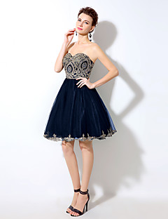 Cocktail Party Dress A-line Sweetheart Short / Mini Tulle with Crystal Detailing