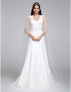 Lanting Bride® A-line Wedding Dress Watteau Train Queen Anne Tulle with Appliques / Beading / Lace