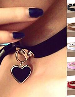 Dame Kort halskæde Halskædevedhæng Krave Cirkelformet Hjerteformet Læder Sølvbelagt LegeringKærlighed Sexet Mode Vintage Justérbar