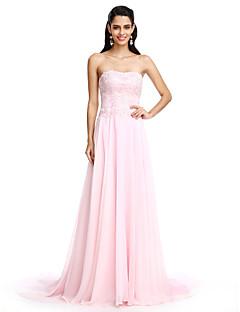 TS Couture® 포멀 이브닝 드레스 A-라인 끈없는 스타일 코트 트레인 쉬폰 와 아플리케 / 비즈