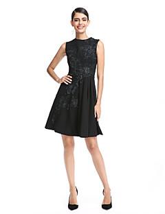 TS Couture® Coquetel Vestido Linha A Decorado com Bijuteria Curto / Mini Chiffon com Apliques
