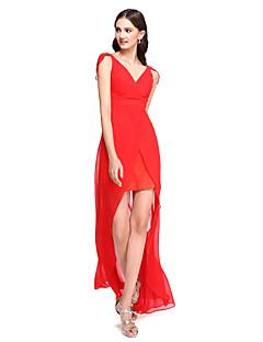 2017 לנטינג bride® שמלת השושבינה האלגנטי סימטרי שיפון - נדן / טור צווארון V עם קפלים