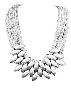 Femme Set de Bijoux Pendentif de collier Colliers Déclaration Bijoux Alliage Mode Fête / Célébration Multicouches bijoux de fantaisie