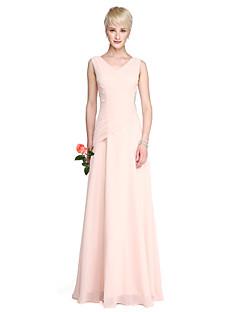 Lanting Bride® עד הריצפה ג'ורג'ט שמלה לשושבינה - מעטפת \ עמוד צווארון וי פלאס סייז (מידה גדולה) / פטיט עם פרטים מקריסטל / בד נשפך בצד