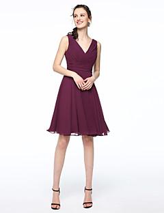 LAN TING BRIDE קצר \ מיני צווארון וי שמלה לשושבינה - אלגנטי ללא שרוולים שיפון