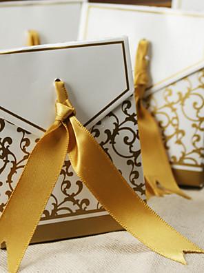 50. évforduló javára doboz arany szalaggal szett (12)