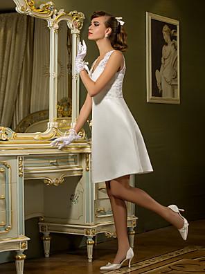 Lanting Bride® מעטפת \ עמוד קטן / מידה גדולה שמלת כלה - שיק ומודרני / לקבלת פנים קו תחתון פשוט באורך  הברך המלכה אן תחרה / סאטן עם