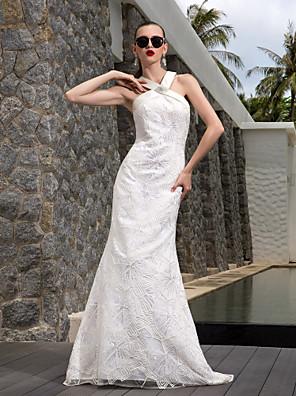 Lanting Bride A-line Petite / Plus Sizes Wedding Dress-Sweep/Brush Train V-neck Lace / Satin / Stretch Satin