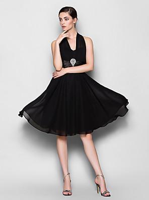 Lanting Bride® באורך  הברך שיפון שמלה לשושבינה - גזרת A קולר פלאס סייז (מידה גדולה) / פטיט עם סיכה מקריסטל