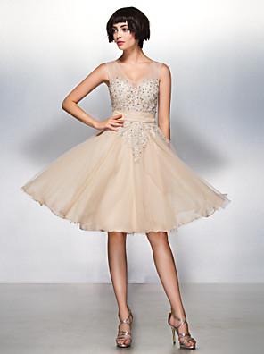 TS couture® 칵테일 파티 / 기업 파티 / 가족 모임은 아플리케와 라인 V 넥 무릎 길이 얇은 명주 그물 드레스