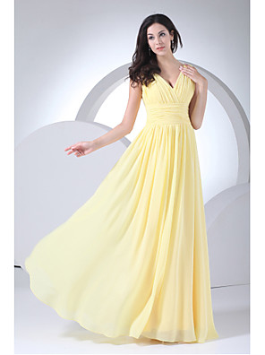 Floor-length Chiffon Bridesmaid Dress Sheath / Column V-neck with Side Draping