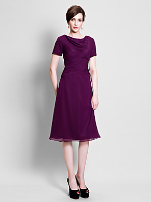 A-line Plus Size / Petite Mother of the Bride Dress Tea-length Short Sleeve Chiffon with Side Draping / Ruching
