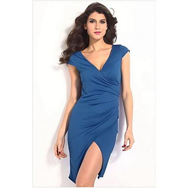 Vestido midi azul marinho de Leandra Leal