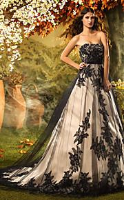 Lanting Bride® Trapèze / Princesse Petites Tailles Robe de Mariage  Traîne Tribunal Sans Bretelles Dentelle / Tulle avec