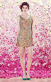 TS 패션 칵테일 파티 드레스 - 칼집 / 칼럼 V 넥 짧은 / 미니 얇은 명주 그물