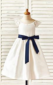 A-vonalú Tea-hossz Virágoslány ruha - Taft Rövidujjú Mély dekoltázs val vel