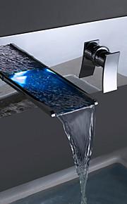 Wandmontage Einzigen Handgriff Zwei Löcher in Chrom Badewannenarmaturen / Waschbecken Wasserhahn