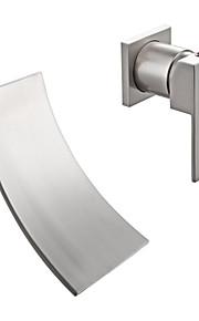 A 3 fori Una manopola Due fori in Nickel spazzolato Lavandino rubinetto del bagno
