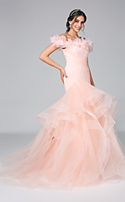 Lanting Bride® Ajusté & Evasé Robe de Mariage  - Brillant & Séduisant Dos ouvert Traîne Tribunal Epaules Dénudées Tulle avecVolants /