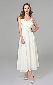 Trapèze Col en V Longueur Genou Mousseline de soie Robe de mariée avec Billes Fleur par LAN TING BRIDE®