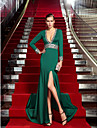 TS Couture® Formal Evening Dress - Vintage Inspired Plus Size / Petite Sheath / Column V-neck Sweep / Brush Train Jersey with Crystal Detailing