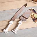 樹脂ハンドルにセットを提供するパーソナライズされた花のウェディングケーキ